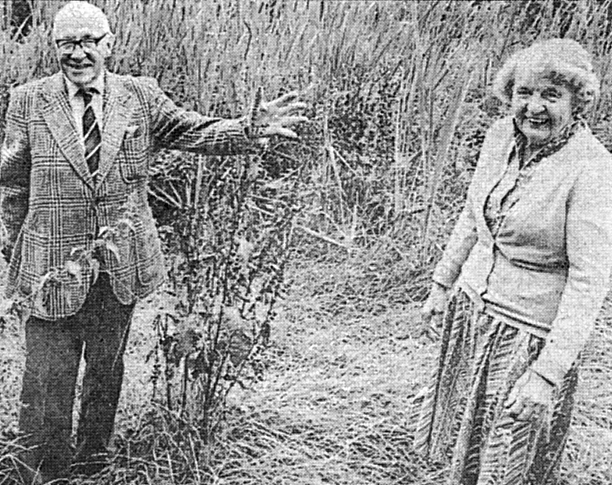 Gerald and Lesley Metz at the Chaldon Novocentenary Pond 1986